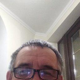 Василий, 59 лет, Калининград