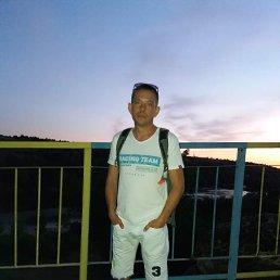 Sergey, 36 лет, Южноукраинск