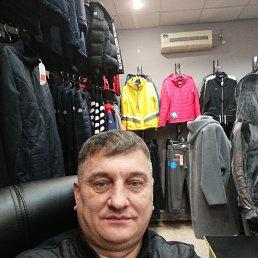 Олег, 51 год, Краснодон