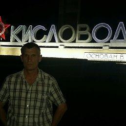 Игорь, 49 лет, Суворовская