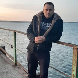 Олег, 38 лет, Сенной