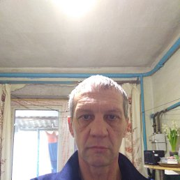 Юрий, 48 лет, Славянск-на-Кубани