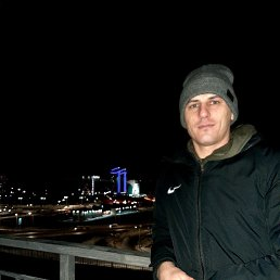 Данил, 32 года, Барнаул