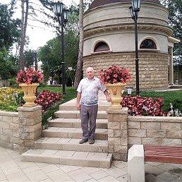 Александр, 58 лет, Геленджик