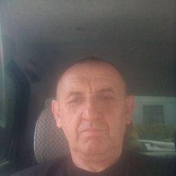 Игорь, 49 лет, Константиновка