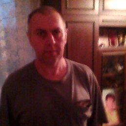 валера, 56 лет, Фряново