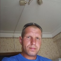 ВалентинПетрович, 38 лет, Самара