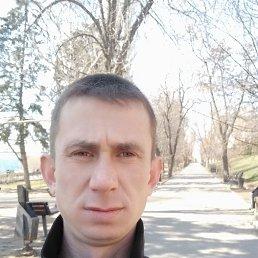 Юрий, 28 лет, Саратов