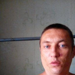 Даниил, 33 года, Луганск
