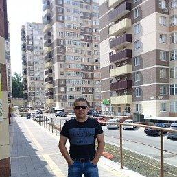 Денис, 40 лет, Сальск