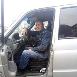 Игорь, 47 лет, Владивосток