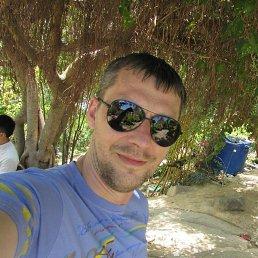 Олег, 37 лет, Клин