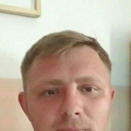 Илья, 33 года, Владивосток
