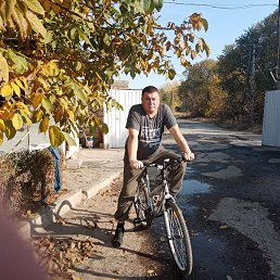 Дмитрий, 36 лет, Волжский