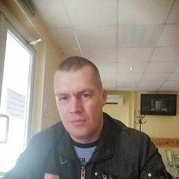 Данил, 28 лет, Киров
