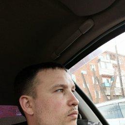 Антон, 32 года, Омск