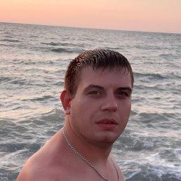 Виталий, 29 лет, Ростов-на-Дону
