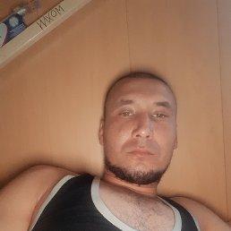 Латиф, 28 лет, Ивангород
