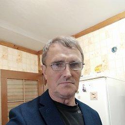 Марк, 66 лет, Москва