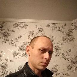Антон, 37 лет, Омск