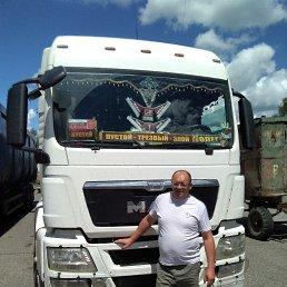 Олег, 48 лет, Владивосток