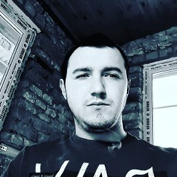 Oleg, 21 год, Косов