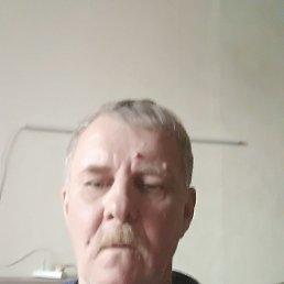 Михаил, 59 лет, Королев