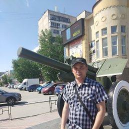 Василий, 40 лет, Новогорный