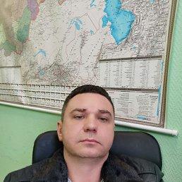 Юрий, 39 лет, Королев