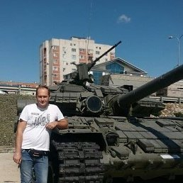 ***ЖеКа***, 38 лет, Новошахтинск