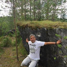 Андрей, 48 лет, Санкт-Петербург