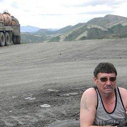 Олег, 61 год, Магадан