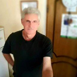 Александр, 57 лет, Калининград
