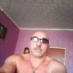 Виктор, 44 года, Саратов