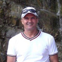 *Oleg*, 50 лет, Омск