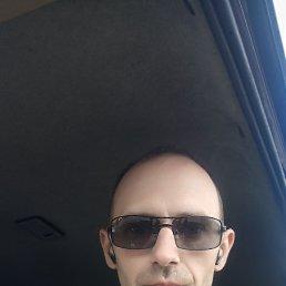 Илья, 37 лет, Саратов