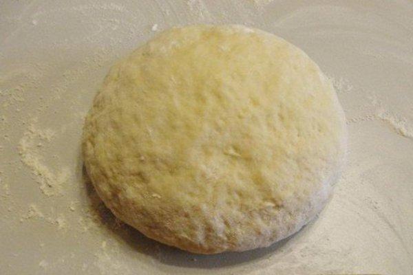 Пончики на кефире за 15 минут.Ингредиенты:Кефир — 200 Миллилитров (самоквас)Сахар — 4 Ст. ложкиЯйцо ... - 2