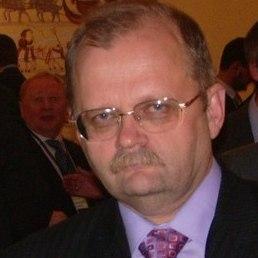 Владимир, Москва, 64 года