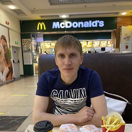 Алексей, 36 лет, Красноармейск