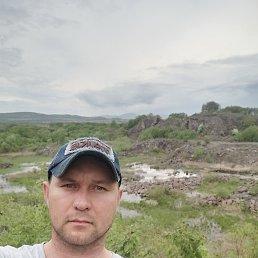 Вадим, 36 лет, Владивосток
