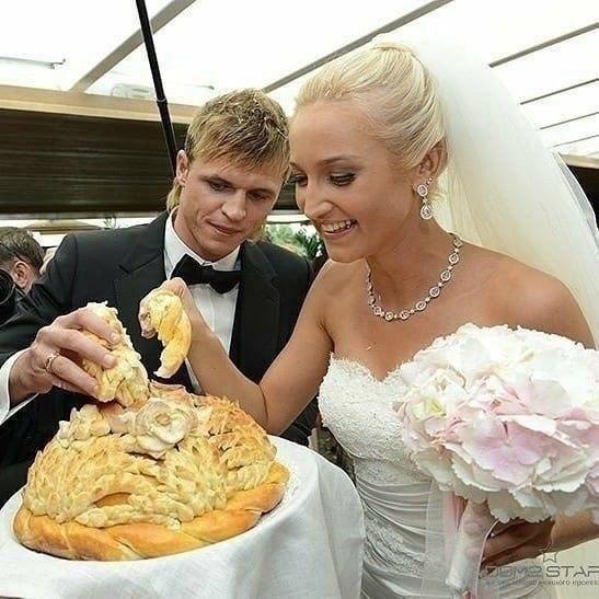 Свадьбы звезд 2000-х годов.У глюкозы круче всех мне кажется пчпчпч