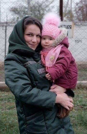 Эти матеря воспитывающие своих детей за решеткой... Детей жалко пчпчпч - 7