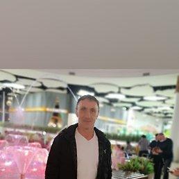 Юрий, 54 года, Владивосток