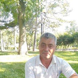 Юрий, 52 года, Владивосток