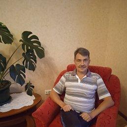 Олег, 53 года, Казань
