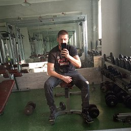 Климаков, Москва, 33 года