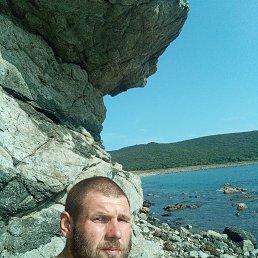 Юрий, 31 год, Владивосток