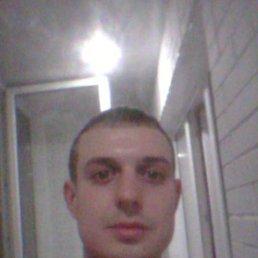 Илья, 33 года, Омск